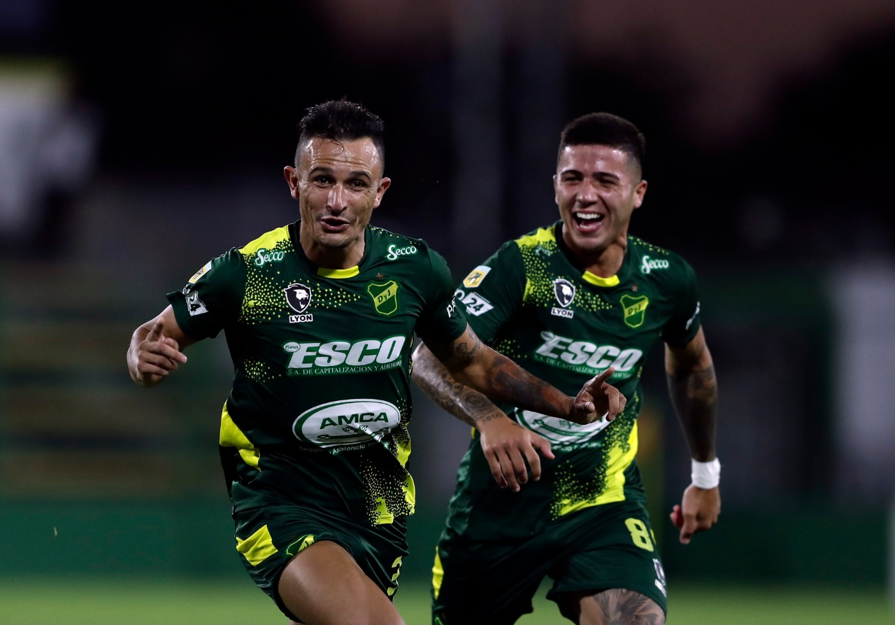 Defensa-y-Justicia-Newells-Marcelo-Benitez-Gol-Prensa-DyJ-2