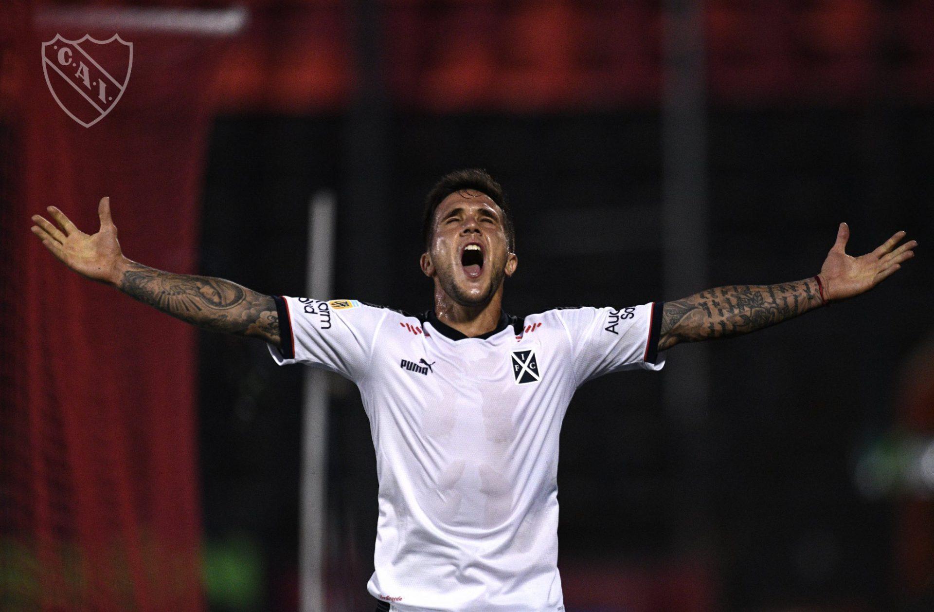 Newells-Independiente Fabricio Bustos Gol Prensa Independiente
