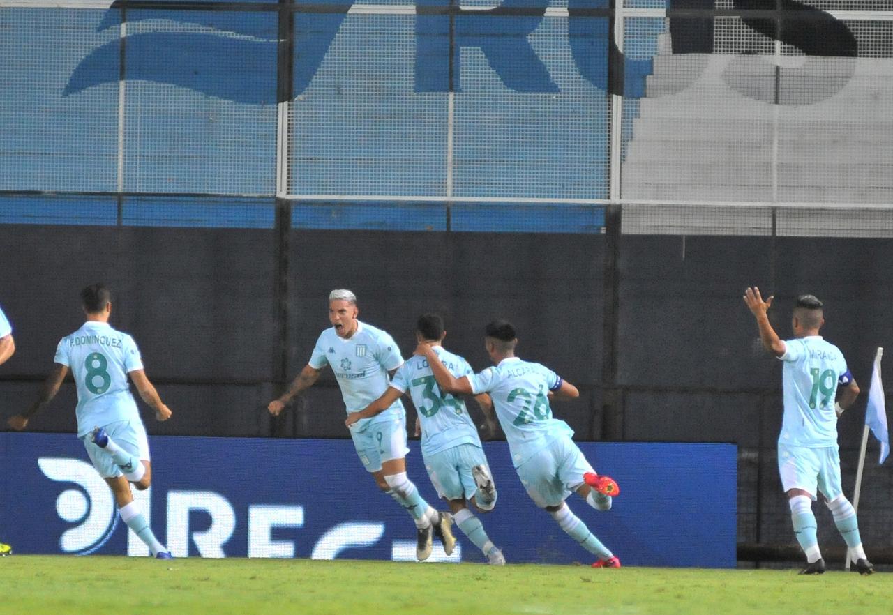 Racing-Rosario-Central-Copetti-Gol-2