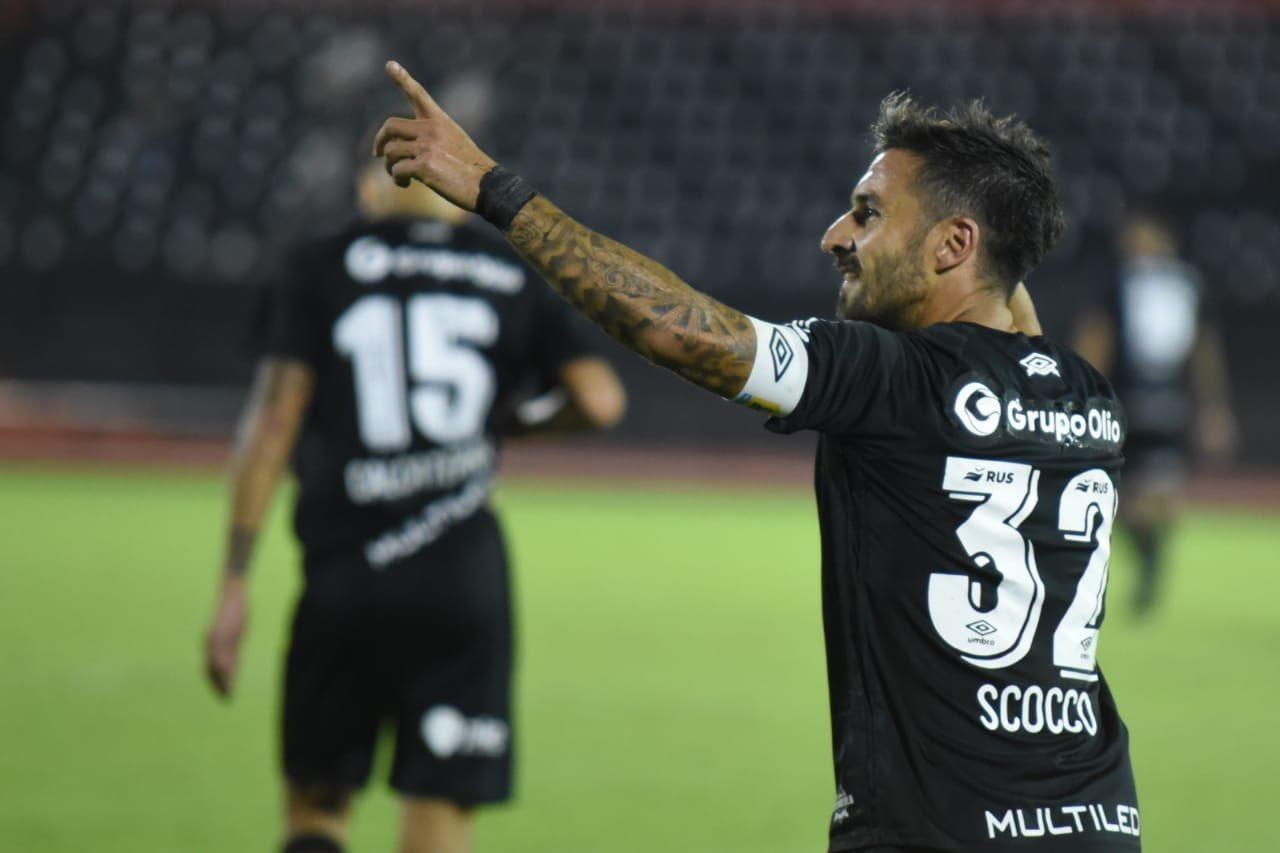 Newells-Patronato Ignacio Scocco Gol Prensa Newells